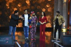 The Great Indian Laughter Challenge Star Cast On Stage