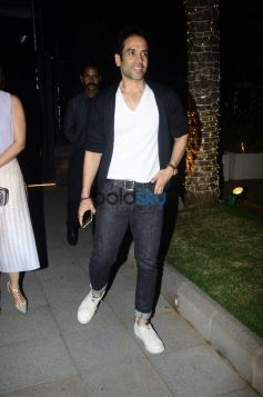 Urmila Matondkar, Sheetal Mafatlal And Tusshar Kapoor Snapped At BKC