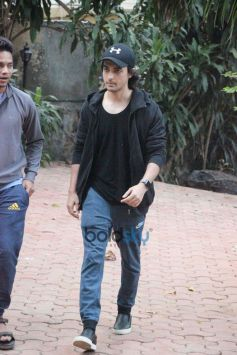 Aayush Sharma Spotted At Dance Class In Bandra