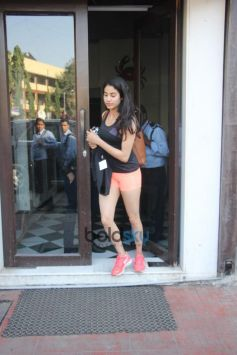 Jhanvi Kapoor Spotted At Bastian In Bandra
