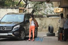 Jhanvi Kapoor Spotted At Gym In Bandra