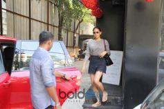 Mira Rajput Spotted At Tip Toe Salon Juhu