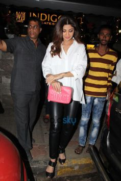 Shilpa Shetty Spotted At Indigo Bandra