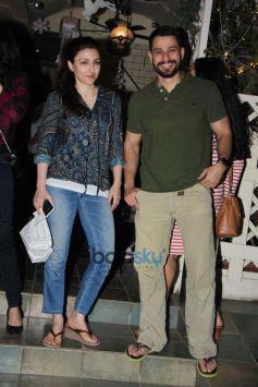 Soha Ali Khan And Kunal Khemu Spotted At Bandra