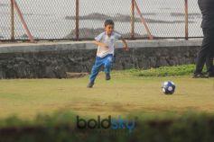 Aamir Khan's Son Azad Playing Football At Bandra