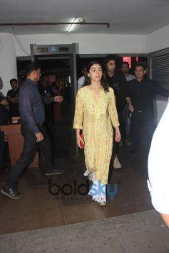 Alia Bhatt And Ranbir Kapoor At PVR For 'Padmaavat'