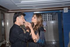 Bipasha Basu Celebrate Her Birthday With Husband Karan Singh Grover