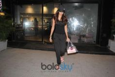 Disha Patani Spotted At Bandra