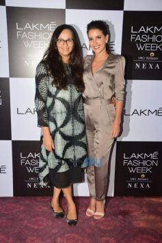 Isabelle Kaif Announces Winner Of The Makeup Artist of the Year 2018