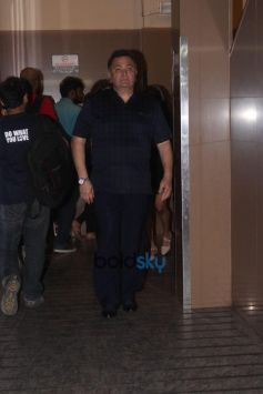 Neetu Kapoor And Rishi Kapoor Spotted At PVR Juhu