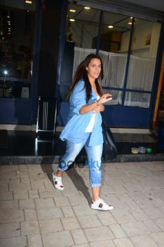 Neha Dhupia Spotted At Salon In Bandra