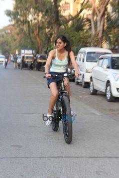 Pooja Chopra Spotted At Lokhandwala Back Road