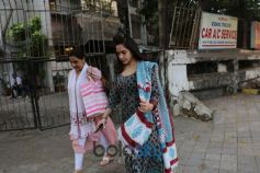Sara Ali Khan Spotted With Mom At Kromakay Juhu