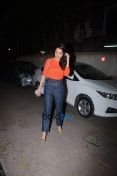 Shraddha Kapoor Spotted At Wishing Her Manager's Birthday At Vile Parle