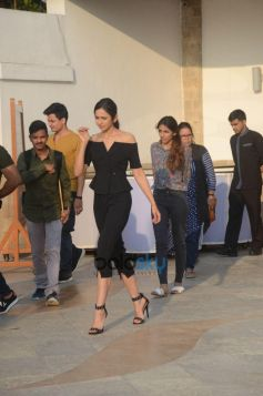 Sidharth Malhotra And Rakul Preet Interview For Upcoming Movie Aiyaary