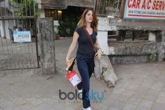 Sussanne Khan Spotted At Kromakay In Juhu