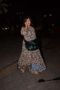 Farah Khan Spotted At Kromakay Juhu