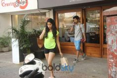 Janhvi Kapoor And Ishaan Khatter spotted At Sequel Bandra