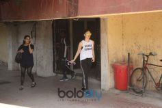 Kareena Kapoor Khan Spotted At Gym In Bandra