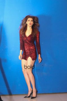 Karishma Tanna Glamorous Photoshoot For Upcoming Project