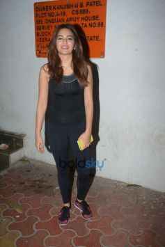 Kriti Kharbanda And Pulkit Samrat Spotted At Dance Rehearsal Andheri