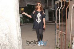 Parineeti Chopra Spotted At Kromakay Juhu