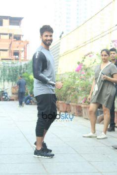 Shahid Kapoor Spotted At SU CASA Bandra