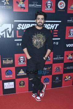 Sonu Ke Tittu Ki Sweety Star Cast Visit Super Fight League