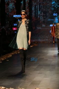 Designer Shyamal And Bhumika Collection,Diana Penty Walked The Ramp At Amazon India Fashion Week