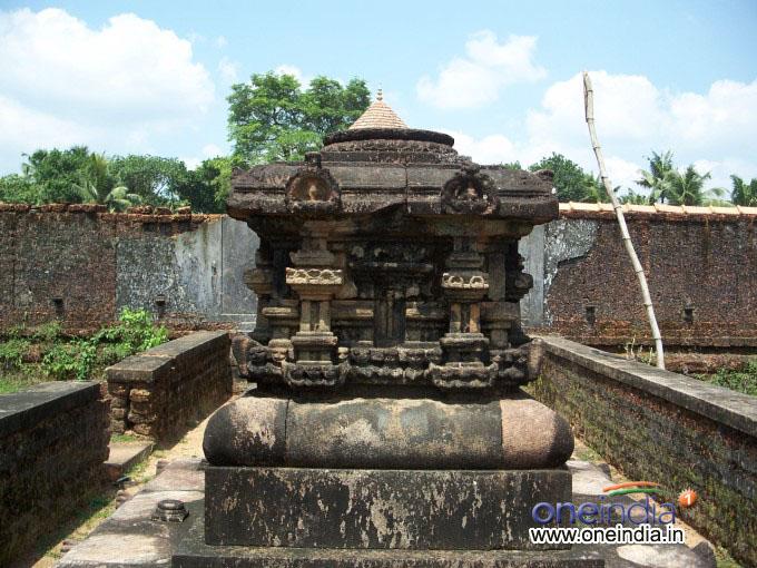Alathur Temple Pictures