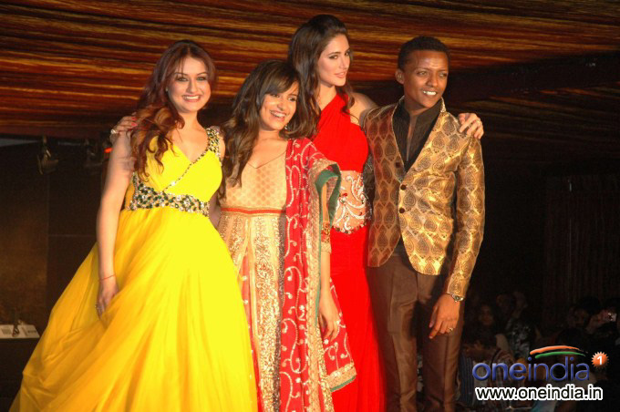 Sonia Agarwal, Anusha Dhayanidi, Nargis Fakhri, Sidney Sladen