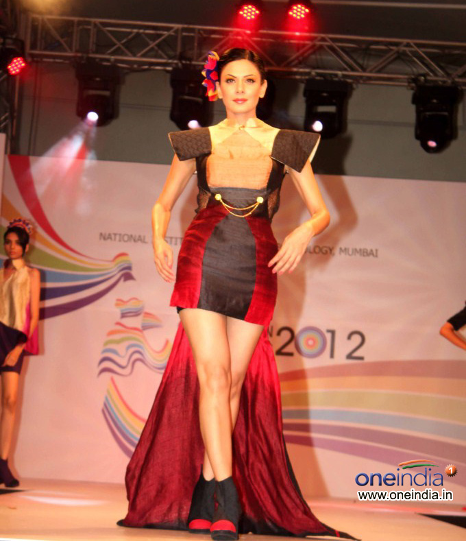 Nift College Graduation Day 2012 Mumbai Fashion Show Ramp Walk Models Bollywood Events