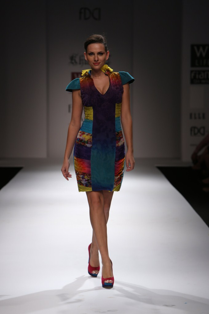 Khushi Z Under Water Life Collection Wills Lifestyle Fashion Week 2012 Photos Pics 228279