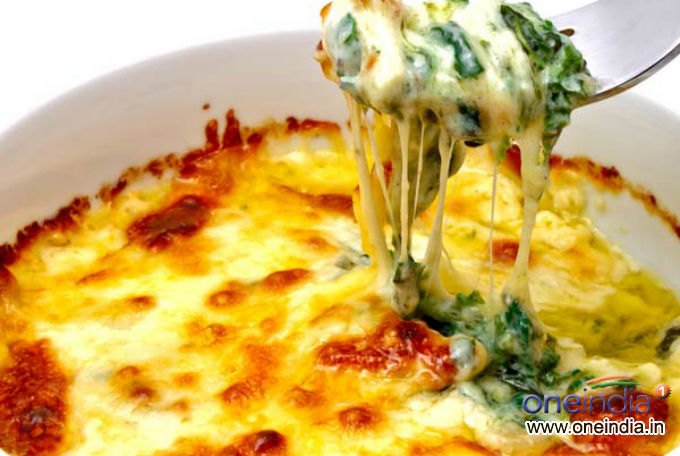 Baked Eggs With Spinach For Breakfast