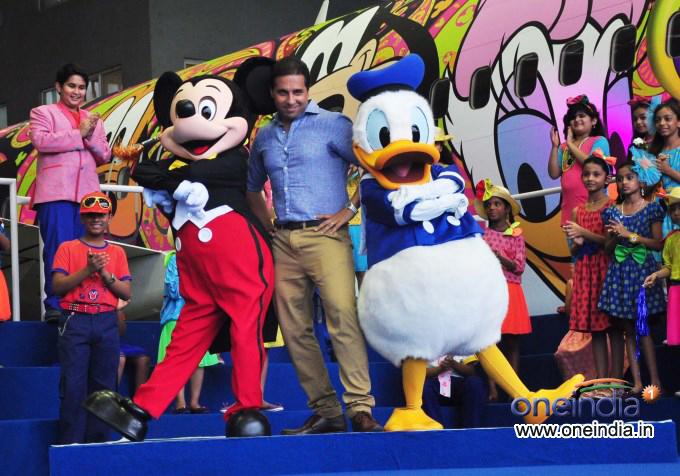 Disney Channel takes winners to Hong Kong Disneyland