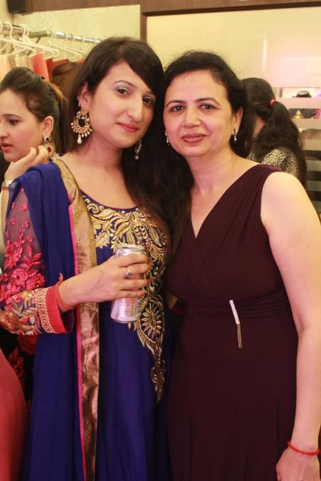 Fashion Designer Pooja Motwani Store Launch