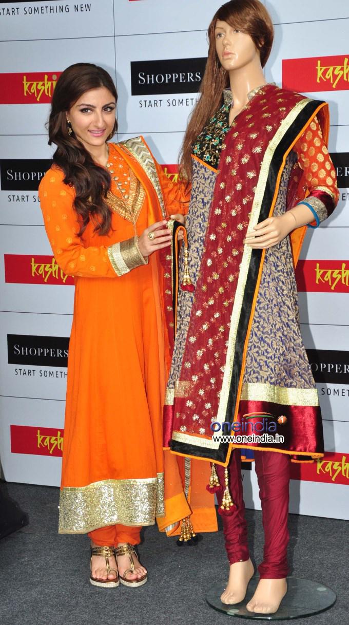 Soha Ali Khan launch of Shoppers stop's Salwar Kameez & Kurti