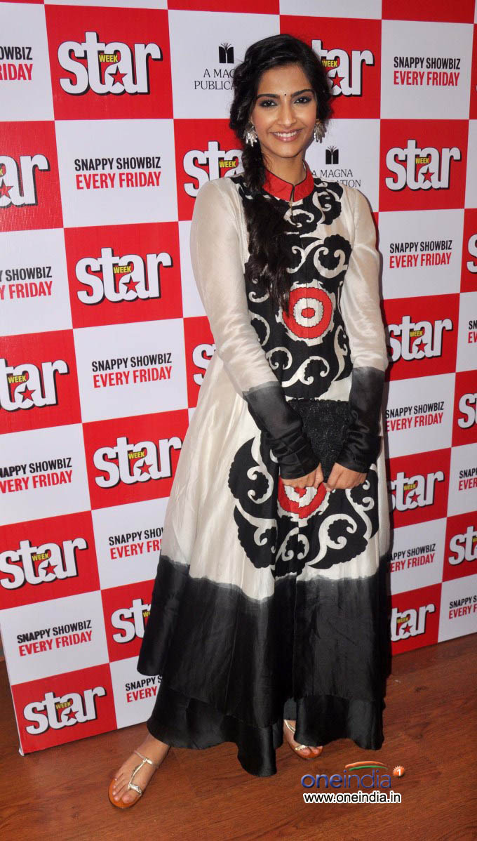 Sonam Kapoor and Dhanush Unveils Latest Issue of Starweek.