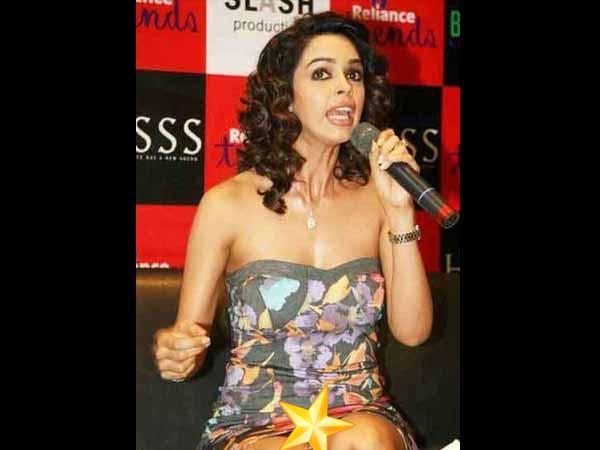 Bollywood Wardrobe Malfunction