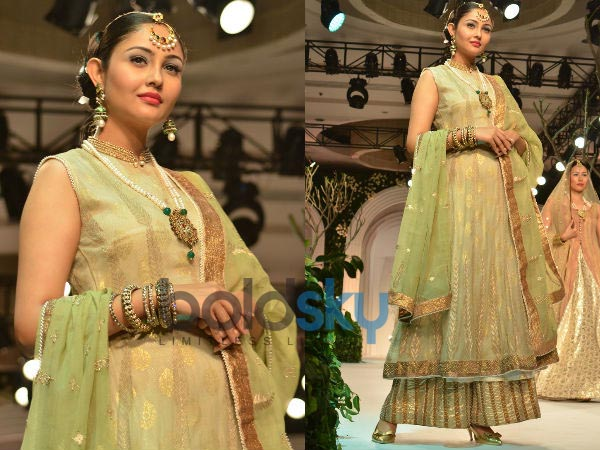 Day 2 IBFW: Meera, Muzaffar Ali's Awadh Collection