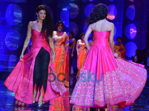 Day 2: Jyotsna Tiwari s Fusion Collection At IBFW 2013