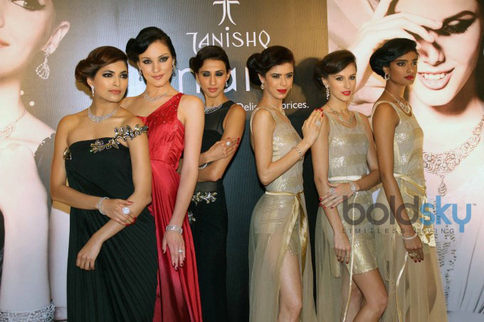 Launch of Inara diamond jewellery collection by Tanishq