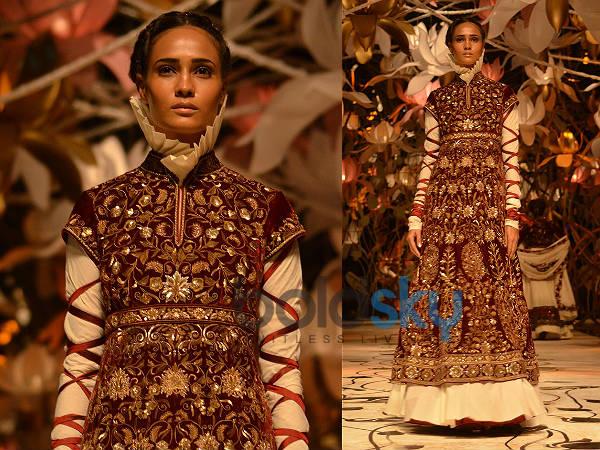 Rohit Bal's Bridal Collection At IBFW 2013