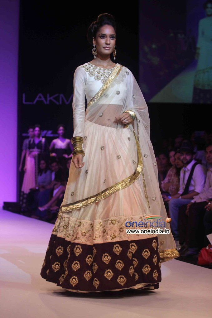 Celebs Walks The Ramp At Lakme Fashion Week Winter/Festive 2013