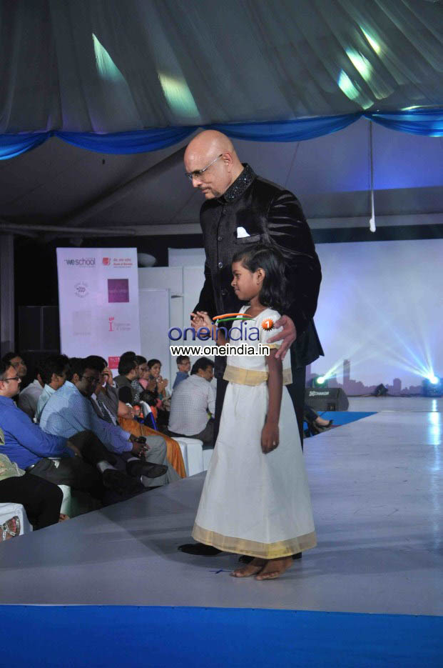 Celebs walk the ramp for Welingkar 2013