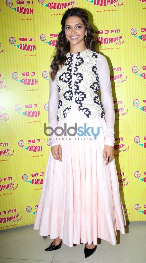 Promotion of film Ram Leela at Radio City