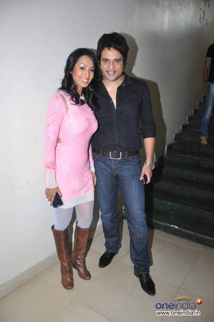 Kashmera Shah and Krishna at Country Club New Year Bash 2014  Event