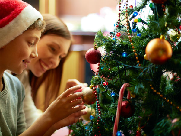 Decorating The Christmas Tree Tips
