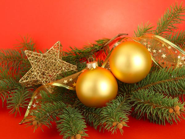 Traditional Ways To Decorate For Christmas