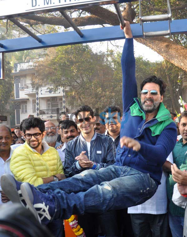 Image result for akshay kumar workout